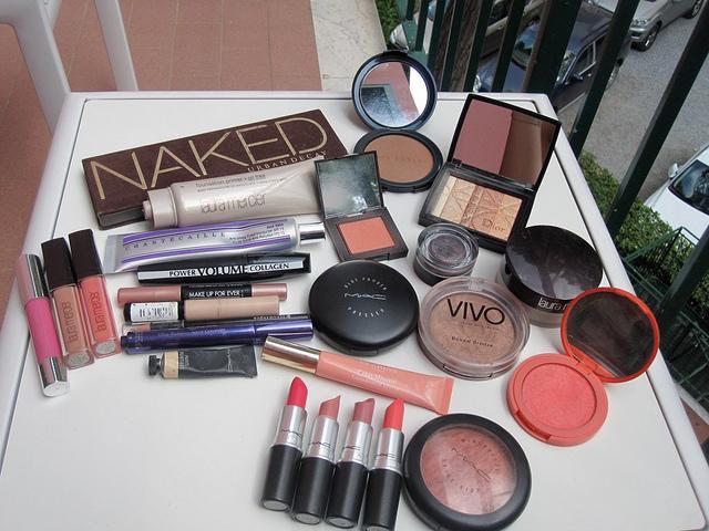 holiday_makeup