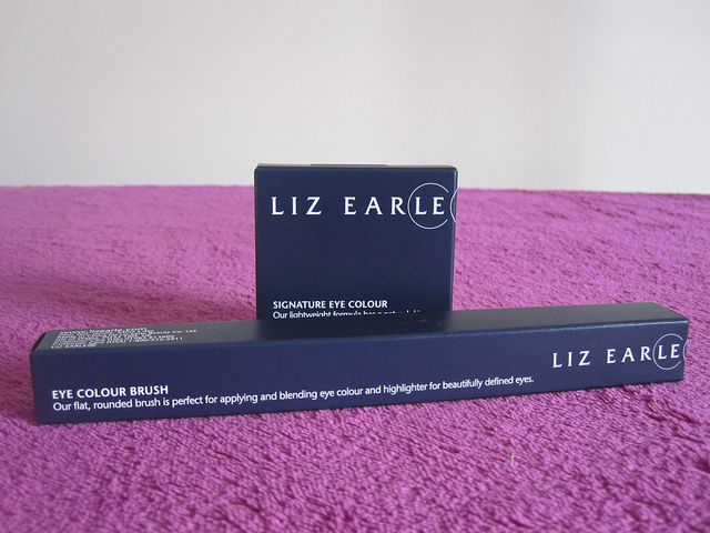 liz_earle_signiture_eye_colour