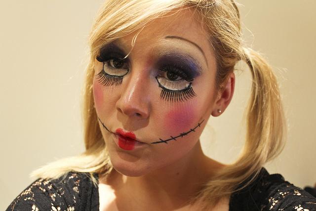 dead_doll_halloween