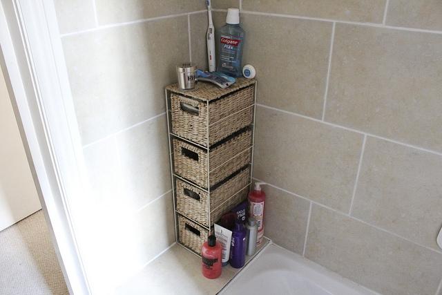 bathroom_storage