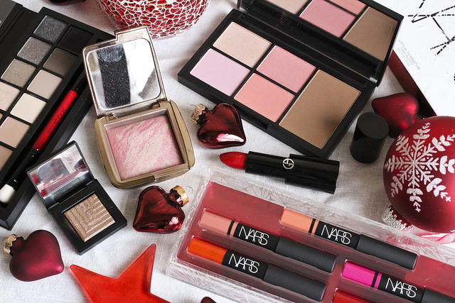Christmas Gift Guide: Makeup